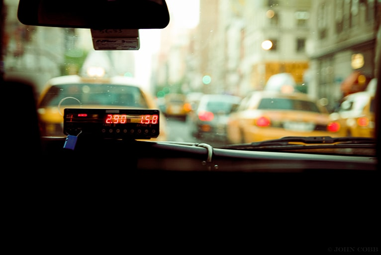 IP無線とは?タクシーの配車システムに無線機を導入するメリット