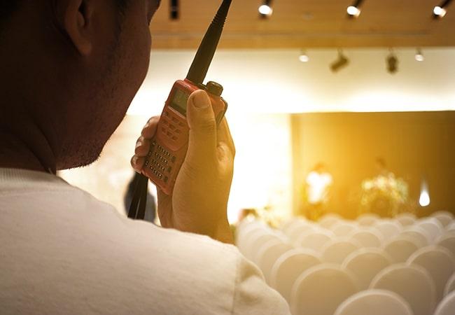 無線インカムが必要になった際はレンタルはおすすめできない!その理由とは